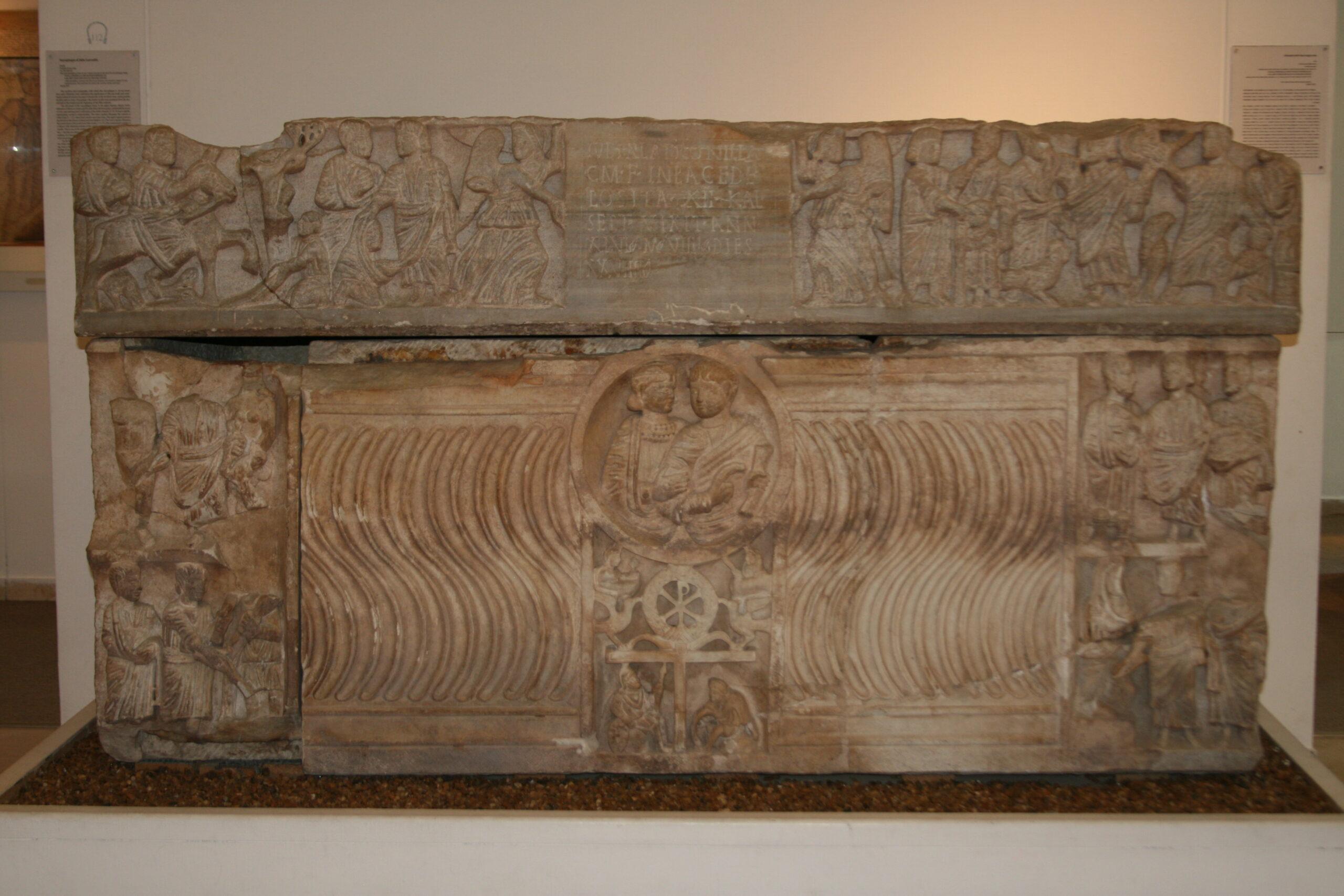 Figure 1. Sarcophage de Iulia Latronilla. De Rome. 330-340. Bible Lands Museum de Jérusalem (Photo : auteur)